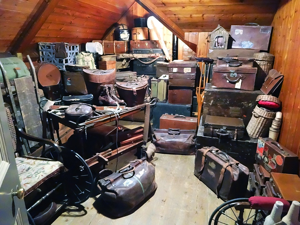 How Professionals Can Help with Hoarding